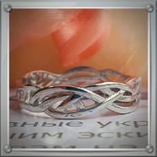Эксклюзивное кольцо из белого родированного золота с узоров