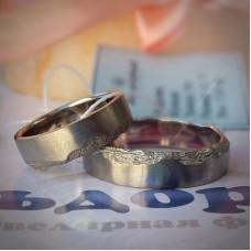 Эксклюзивное обручальное кольцо из белого золота