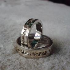 Именное обручальное кольцо с датой из комбинированного золота
