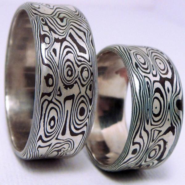 Кольцо из белого золота мокумэганэ
