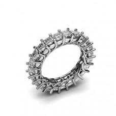 Кольцо из белого золота с алмазами