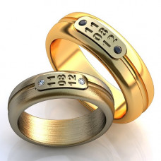 Кольцо из комбинированного золота c сапфирами