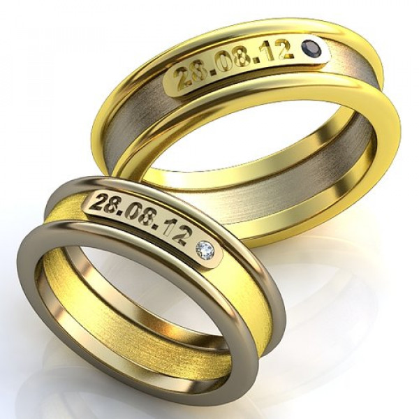 Кольцо из комбинированного золота с сапфиром