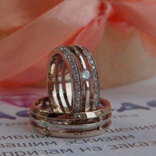 Кольцо тройное из комбинированного золота