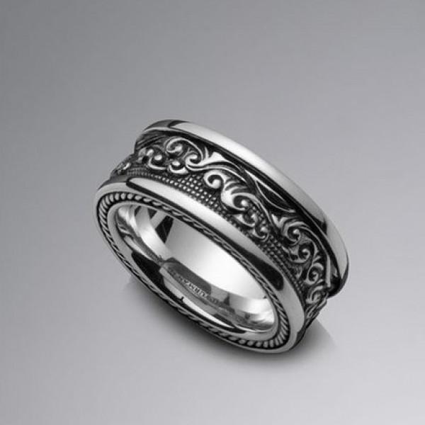 Мужское обручальное кольцо из белого золота