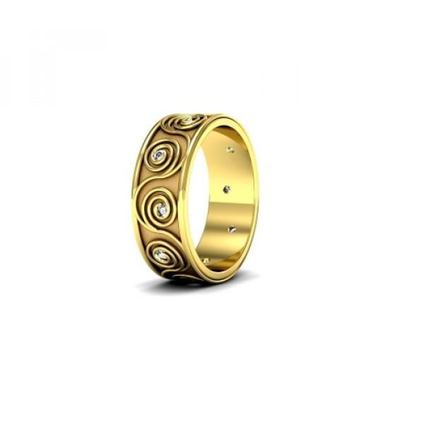 Обручальное кольцо c узором из желтого золота с бриллиантами
