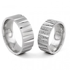 Обручальное кольцо из белого с золота с бриллиантами
