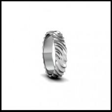 Обручальное кольцо из белого золота с рельефом