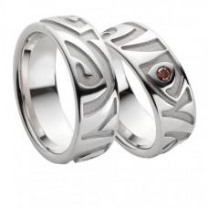 Обручальное кольцо из белого золота с рубином