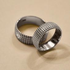 Обручальное кольцо из белого золота 'С шипами'