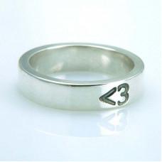 Обручальное кольцо из белого золота 'Сердечко'
