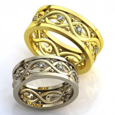 Обручальное кольцо из желтого с золота с бриллиантами