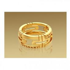 Обручальное кольцо из желтого золота BVLGARI