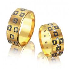 Обручальное кольцо из желтого золота с бриллиантами и чернением