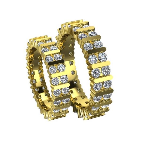 Обручальное кольцо из желтого золота с бриллиантами высокого качества