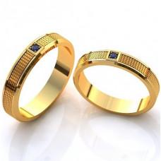 Обручальное кольцо из желтого золота с сапфиром