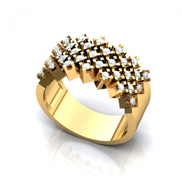 Обручальное кольцо из  желтого золота со множеством бриллиантов