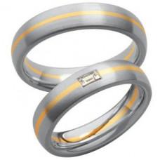 Обручальное кольцо из комбинированного золота c алмазом