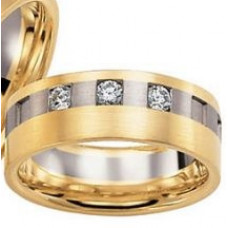 Обручальное кольцо из комбинированного золота c бриллиантами