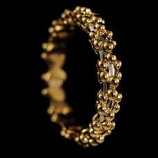 Обручальное кольцо из комбинированного золота 'Цветы'