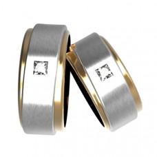 """Обручальное кольцо из комбинированного золота с алмазом """"Принцесса"""""""
