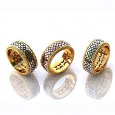 Обручальное кольцо из комбинированного золота с  эмалью