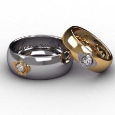 Обручальное кольцо из комбинированного золота с короной и бриллиантом