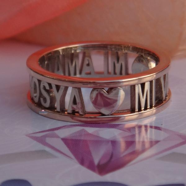 Обручальное кольцо из комбинированного золота с сердцами