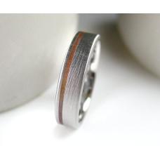 Обручальное кольцо из комбинированного золота 'Три полоски'