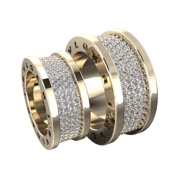 Обручальное кольцо из красного золота с бриллиантами в четыре ряда