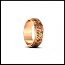 Обручальное кольцо из красного золота с узором