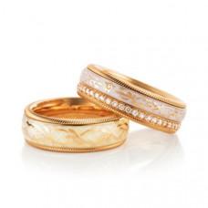 Обручальное кольцо из розового золота с эмалью и бриллиантами