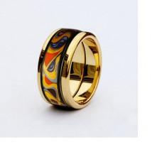 Обручальное кольцо красного золота с эмалью