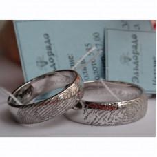 Обручальное кольцо с отпечатком пальца и бриллиантом, из белого золота