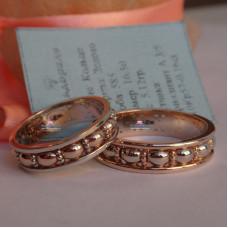 Обручальное кольцо с узором, из комбинированного золота